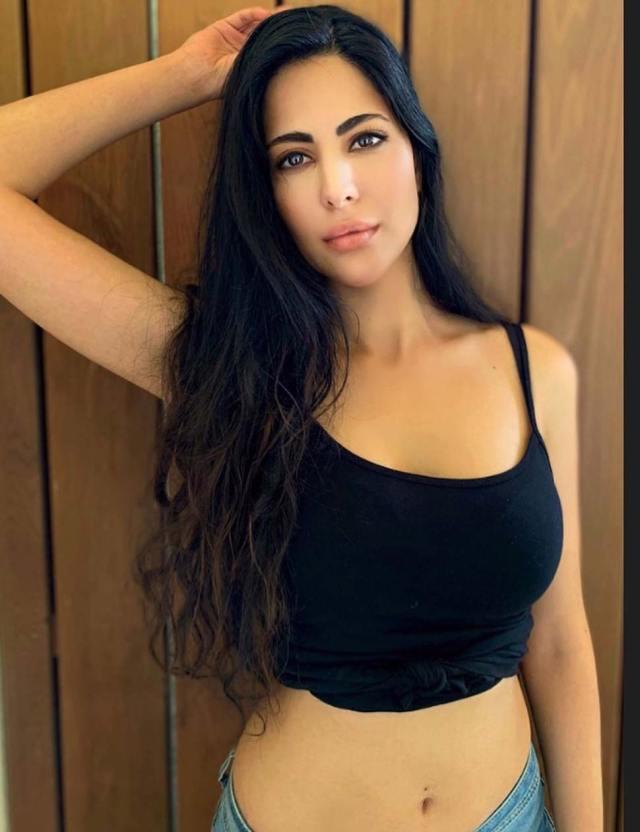 Katrina Kaif's Look A like Alina Rai is Her Exact Twin See Viral Photos