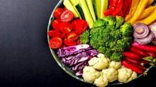अप्रैल से अगस्त के दौरान जरूर खानी चाहिए ये सब्जियां, डाइटीशियन ने बताई वजह