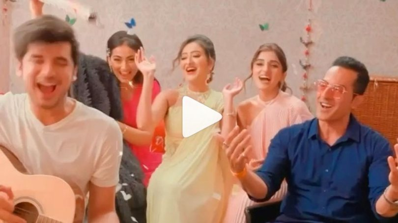 Anupamaa TV Show Madalsa Sharma Shares Shocking Video Vanraj in Party Mode and Everyone Happy    Never would have seen Vanraj's style like this, Anupama's son is standing with Kavya for the first time