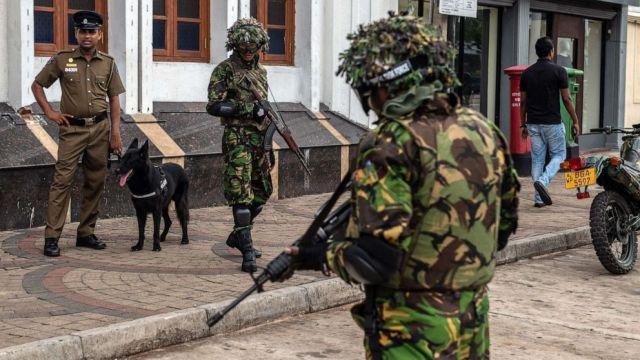 श्रीलंका: सेना के तलाशी अभियान के दौरान आतंकियों ने खुद को उड़ाया, 6 बच्चों समेत 15 की मौत