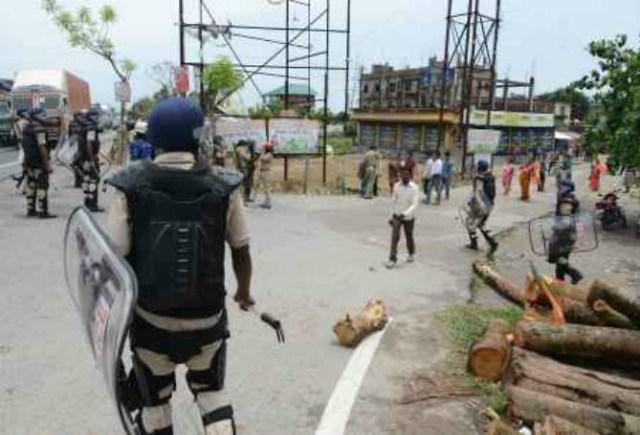 आंध्र प्रदेश पोलिंग बूथ पर हिंसा, TDP कार्यकर्त्ता की मौत, विधानसभा अध्यक्ष समेत 10 लोग घायल