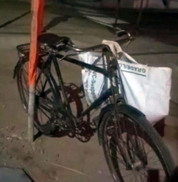 24 साल का यह लड़का साइकिल से 1,800 किमी का सफर तय कर पहुंचा अपने घर