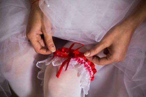 परंपरा वाली आधुनिक दुल्हन के लिए जरूरी होता श्रृंगार 'हायम्नोप्लास्टी सर्जरी'
