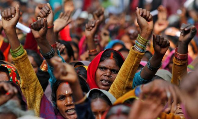 भारतीय राजनीति में कब बढ़ेगी महिलाओं की भागीदारी?