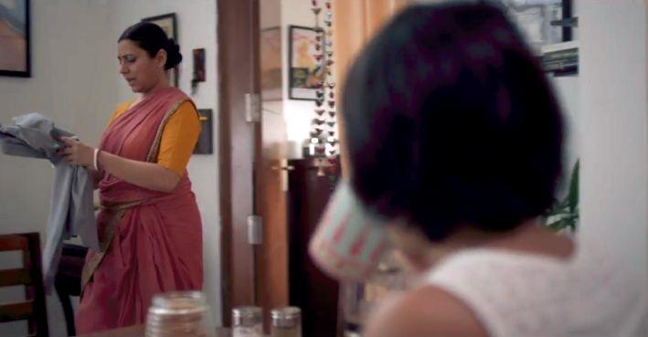 घरेलू काम में मदद करने वाले नौकर, 'दास' या 'परियाँ' : बात नज़रिए की है