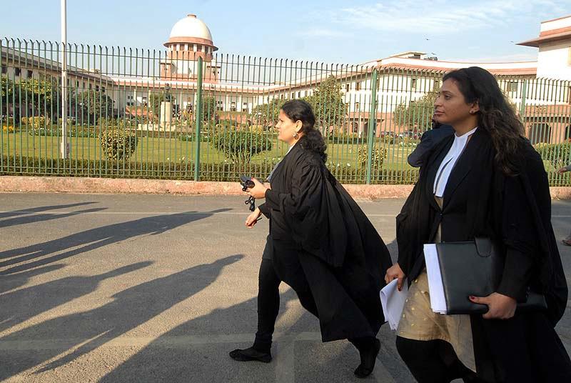 क्या है भारत में एक महिला वकील होने के मायने