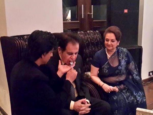 Dilip Kumar and Shahrukh Khan alike