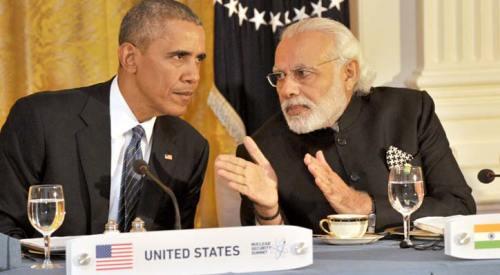 आधिकारिक भोज में अमेरिकी राष्ट्रपति बराक ओबामा के साथ प्रधानमंत्री मोदी।
