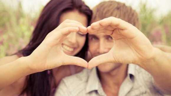 Couple-heart-love-620x349