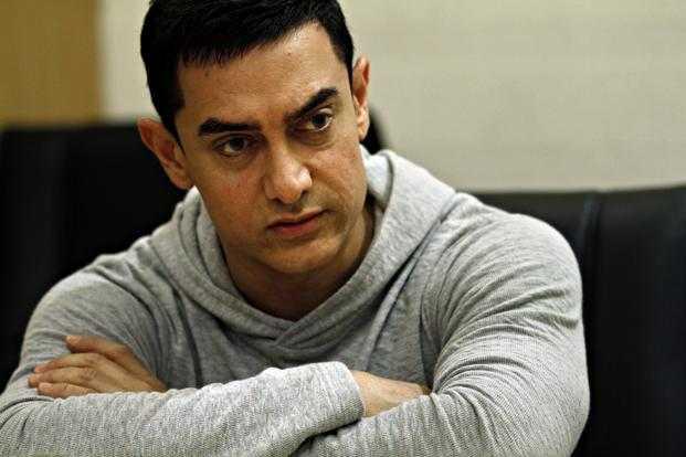 आमिर ने नही लिया महाराष्ट्र के किसी सूख प्रभावित गांव को गोद