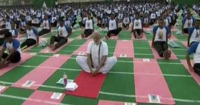 अंतराष्ट्रीय योग दिवस : पीएम मोदी ने 30 हजार लोगों के साथ किया योग, फरीदाबाद में बना नया वर्ल्ड रिकॉर्ड!