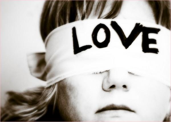 प्यार में अंधे नही, समझदार बने
