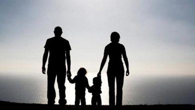 जानिए क्यों माँ बाप की सहमति एक बच्चे के लिए होती है ज़रूरी