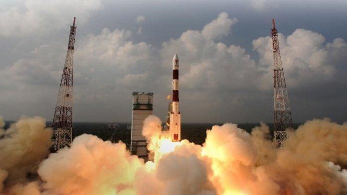 भारत अंतरिक्ष में भी स्वनिर्भर होने के लिए कर रहा है तैयार