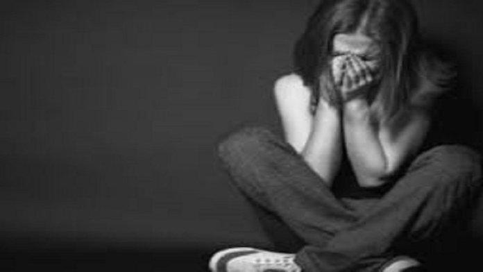 बलात्कार पीडिता (फ़ाइल फोटो)