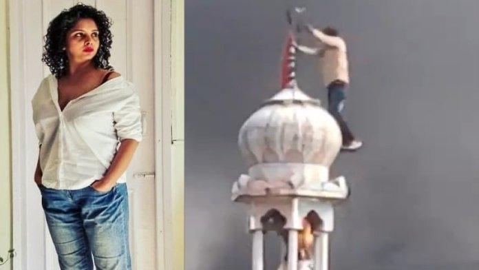 राणा अयूब, दिल्ली मस्जिद