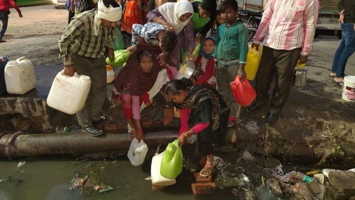दिल्ली दंगा, हिन्दू महिलाएँ, पानी