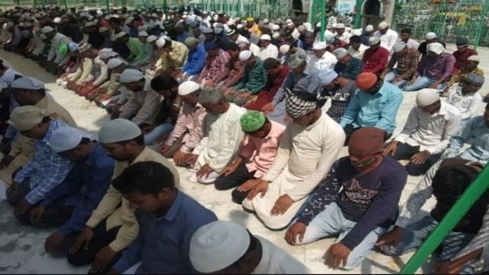 मस्जिद, नमाज