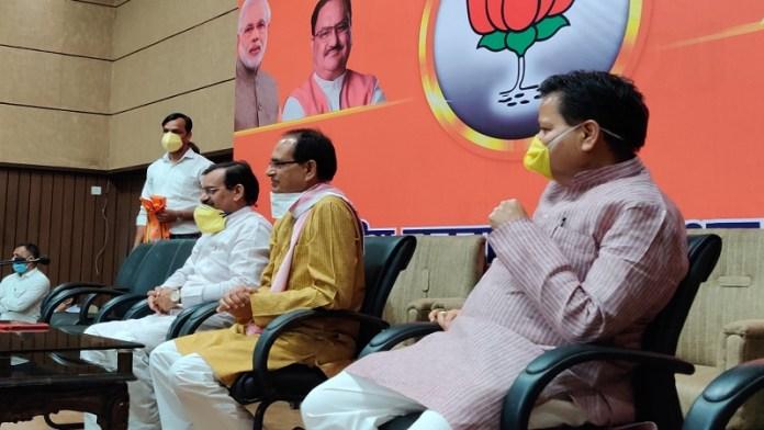200 कांग्रेस नेता भाजपा