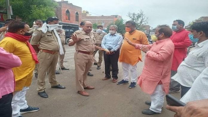 सुल्तानपुर में राम भक्तों पर हमला