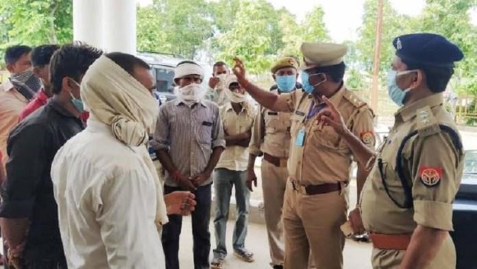 किशोर लड़की से छेड़छाड़ का विरोध करने पर मुस्लिम भीड़ ने ग्रामीणों पर हमला किया