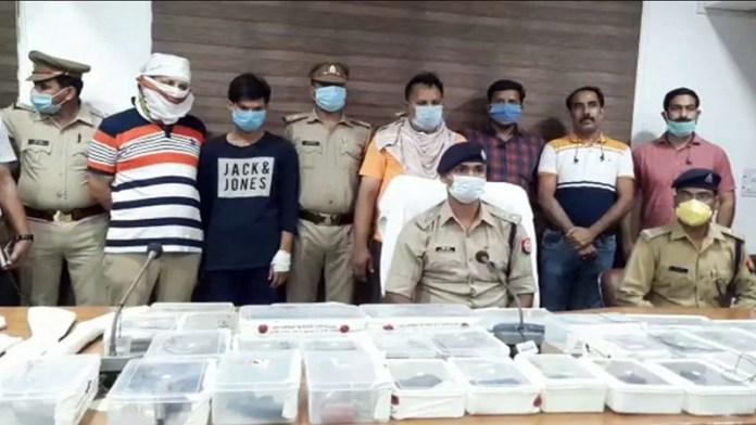 हापुड़ पुलिस ने 4 बदमाशों को किया गिरफ्तार