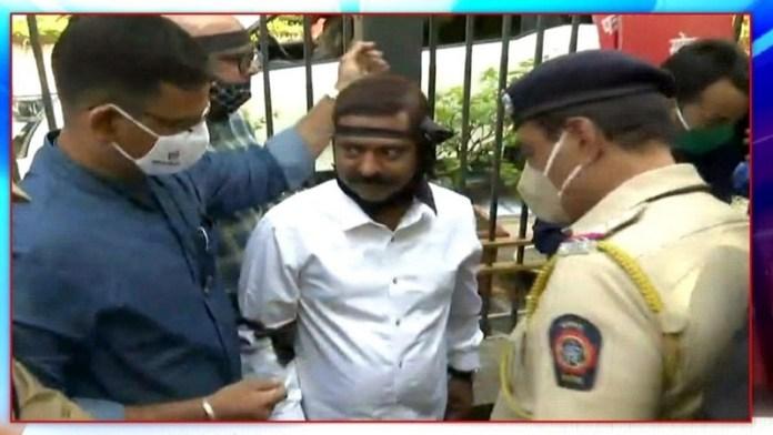 अनशन में बैठे भाजपा विधायक को मुंबई पुलिस ने लिया हिरासत में