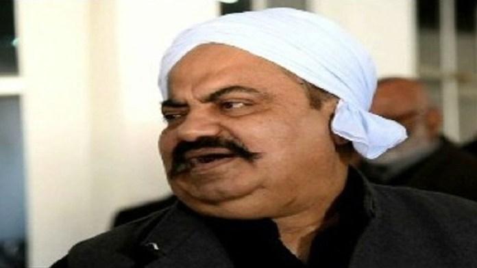 अतीक अहमद, मुबारक खान