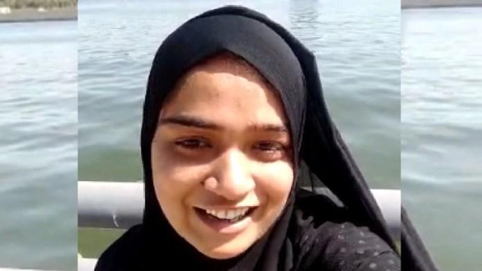 आयशा, आत्महत्या, अहमदाबाद, साबरमती नदी