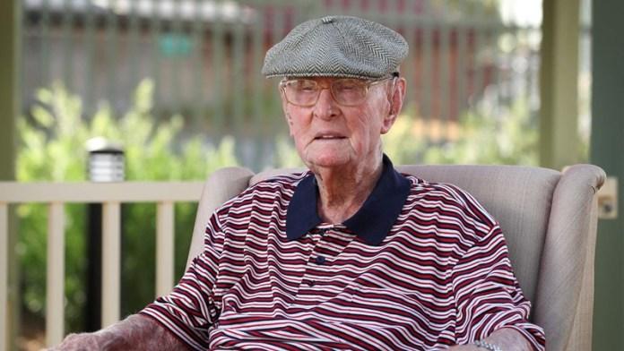 ऑस्ट्रेलिया डेक्सटर क्रूगर 111 साल का बुजुर्ग