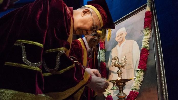 लाल बहादुर शास्त्री, दलाई लामा