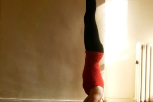 Mukta Hasta Shirshasana (Free Hands Head Stand)