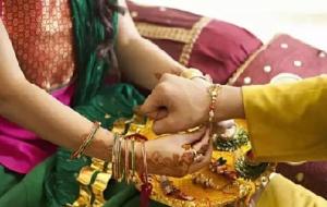 रक्षा बंधन पर शायरी 2019 - Happy Raksha Bandhan Shayari in Hindi for Facebook and Whatsapp