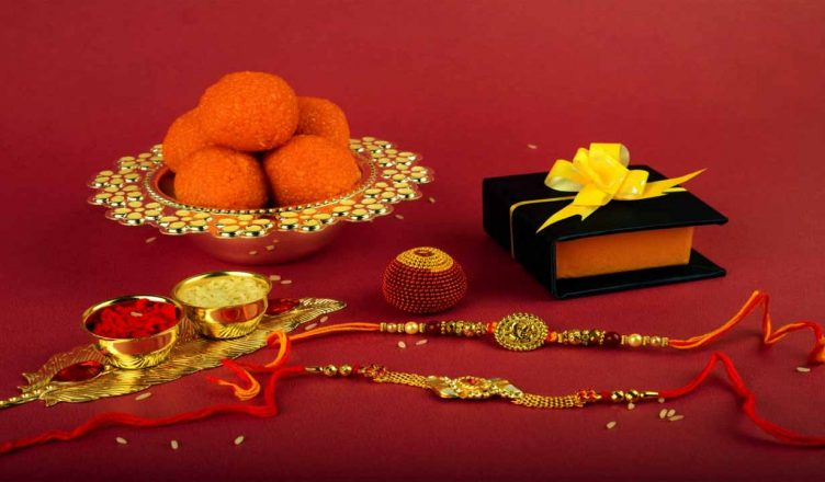 रक्षा बंधन पर शायरी 2019 – Happy Raksha Bandhan Shayari in Hindi for Facebook and Whatsapp