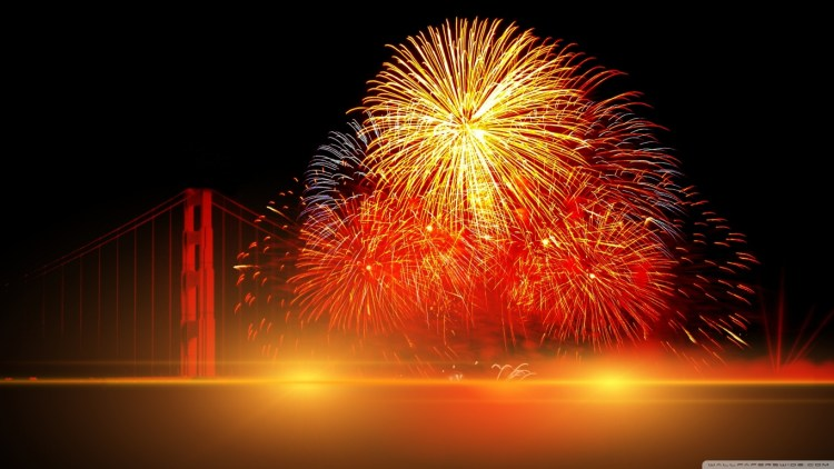happy_new_year_2016_fireworks-wallpaper-1366x768