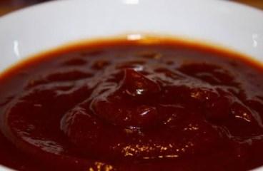 Khajoor or imli ki chutney