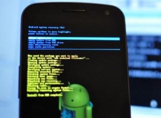 Mobile Phone को Format (Reset/Restore) कैसे करे
