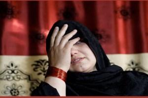 Read more about the article घर की चारदीवारी में कैद हो गईं अफगान महिलाएं