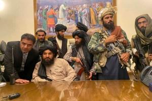 Read more about the article अफगानिस्तान सरकार में प्रधानमंत्री से लेकर प्रवक्ता तक सभी आतंकी