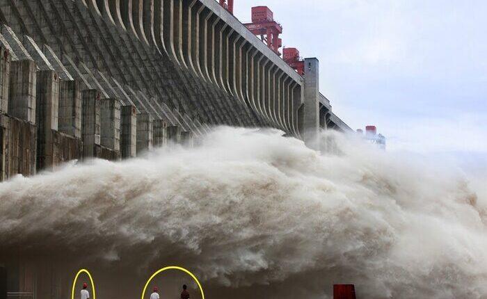 चीन की बढ़ी मुसीबत भारी बारिश में अगर ये बांध टूटा तो डूब सकते हैं, ड्रैगन के 24 राज्य