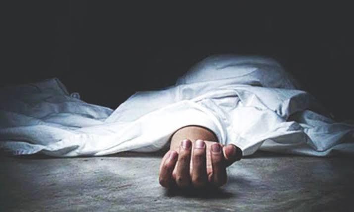 अहमदाबाद के एक फ्लैट में मिली 6 लोगों की लाश, पुलिस को जहर खा कर आत्महत्या करने का संदेह