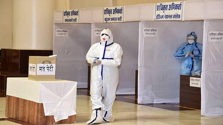राज्यसभा वोटिंग के अगले दिन कोरोना पॉजिटिव मिले बीजेपी विधायक, खतरे में 206 विधायक, अब कांग्रेस ने लगाया ये आरोप