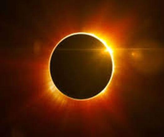 सूर्य ग्रहण 2020 : सूर्य ग्रहण करेगा इन राशि वाले लोगों को मालामाल, भूलकर भी न करें ये काम