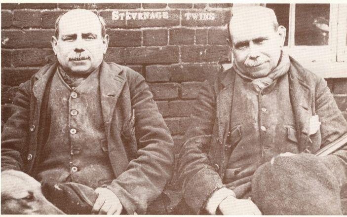 9 जुड़वां भाईयों के जुर्म की कहानी जिसने पुलिस के दिमाग को दिया चकमा, आज तक नहीं सुलझा केस