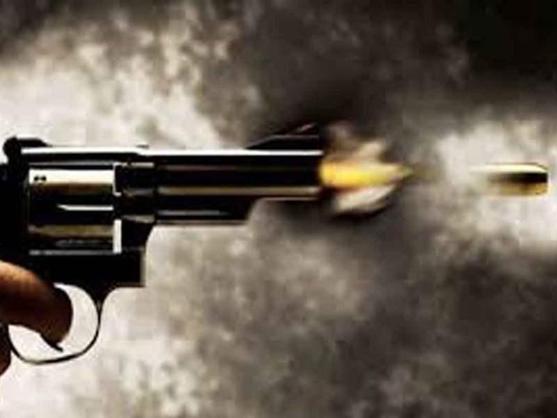 उत्तर प्रदेश फिर गोलियों से गूंजा, एक ही परिवार के पांच लोगों को गोली मारी, तीन की मौत