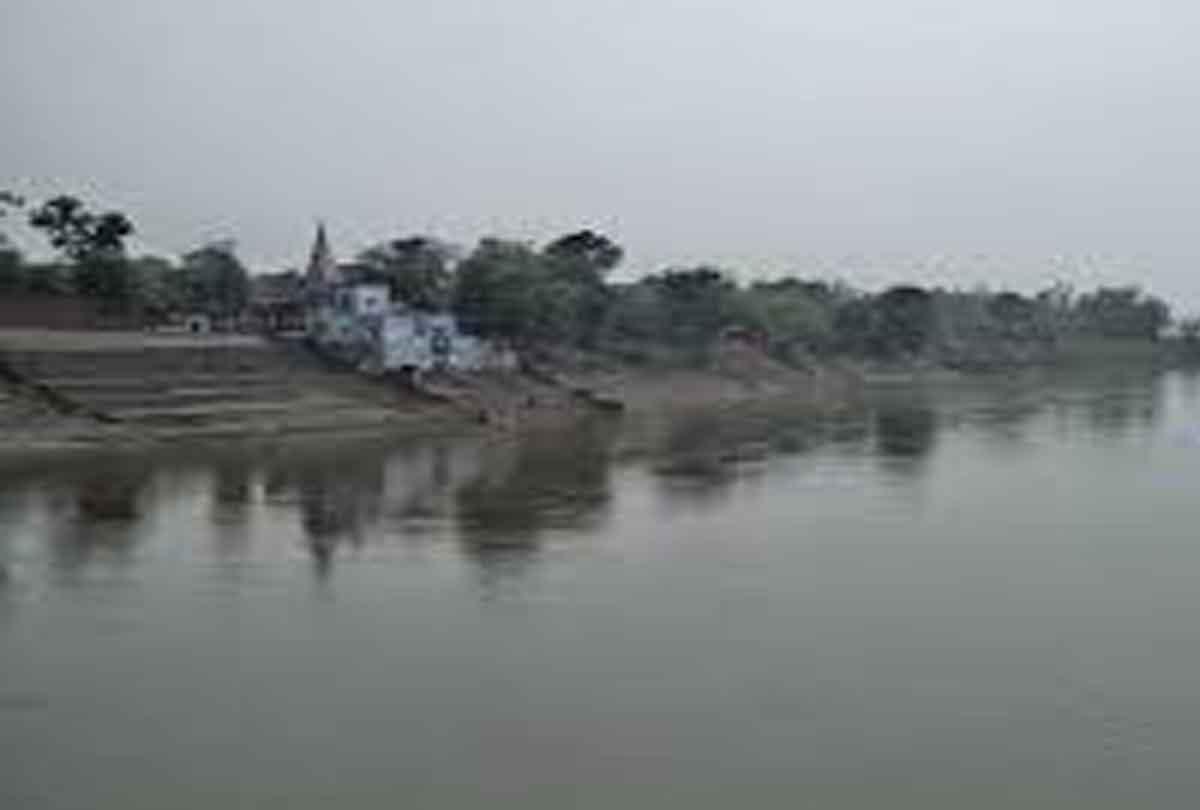 'बंटी और बबली' का कारनामा, दंपति को बेच दी गोमती नदी, एक गिरफ्तार