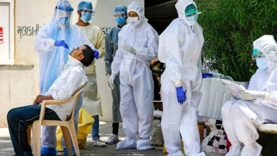 24 घंटे में आए कोरोनावायरस के सबसे ज्यादा 52 हजार मरीज, 782 लोगों की मौत