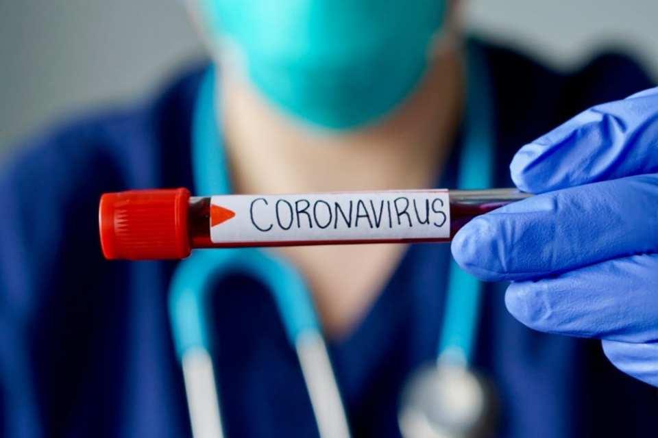 दिल्ली और महाराष्ट्र में कोरोनावायरस के कहर से दहशत, सरकार ने लंबे समय तक के लिए बंद की अंतरराष्ट्रीय उड़ाने