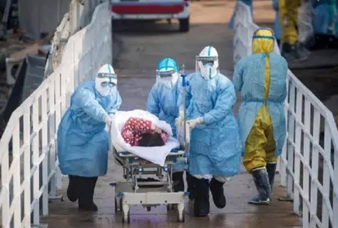 कोरोनावायरस के बढ़ते मामलों से खौफ में देश, भारत में हर 100 में से 12 संक्रमित