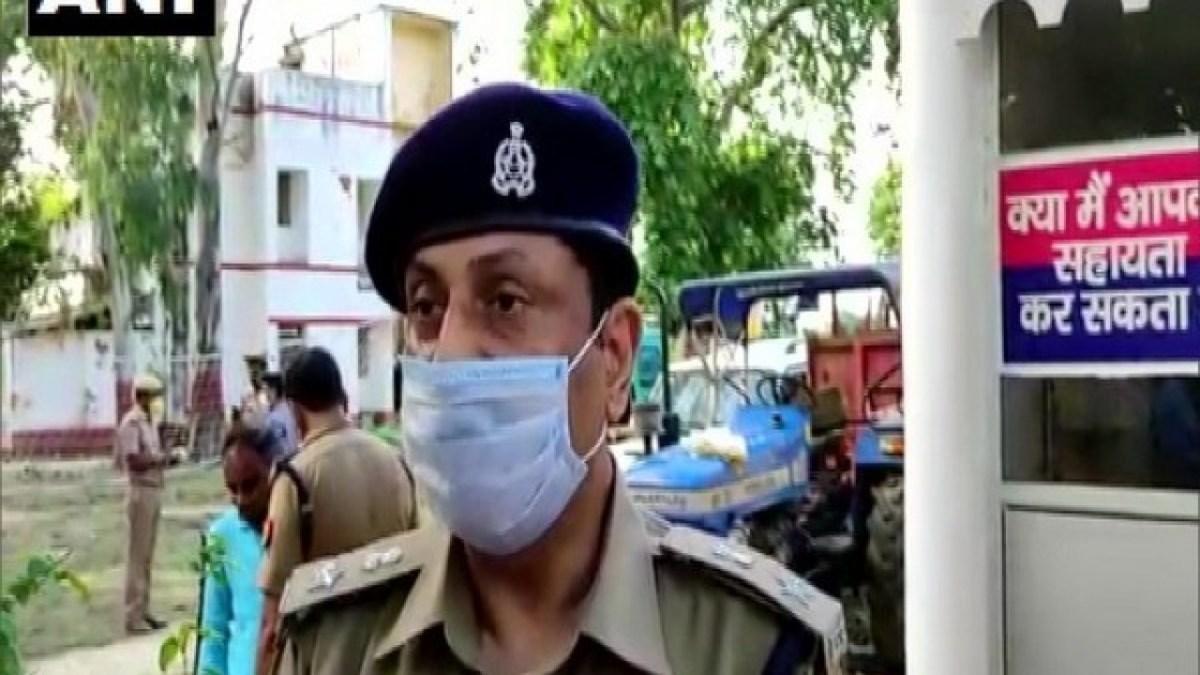कानपुर : उत्तर प्रदेश पुलिस कुचलेगी आस्तीन के सांपो का फन, पुलिस ने ही दी थी दबिश की विकास को सुचना